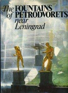 The Fountains of Petrodovorets near Leningrad / Fantanile Petrodovoretului, langa Leningrad