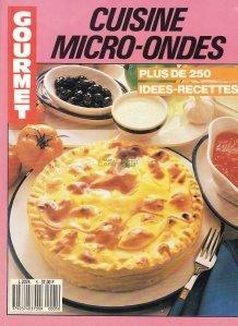 Cuisine micro-ondes / Gatitul la cuptorul cu  microunde