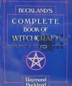 Complete book of witchcraft / Cartea completa a vrajitoriei