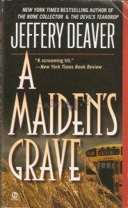 A maiden's grave / Mormantul unei fecioare