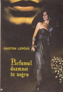 Parfumul doamnei in negru