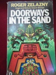 Doorways in the sand / Portaluri in nisip